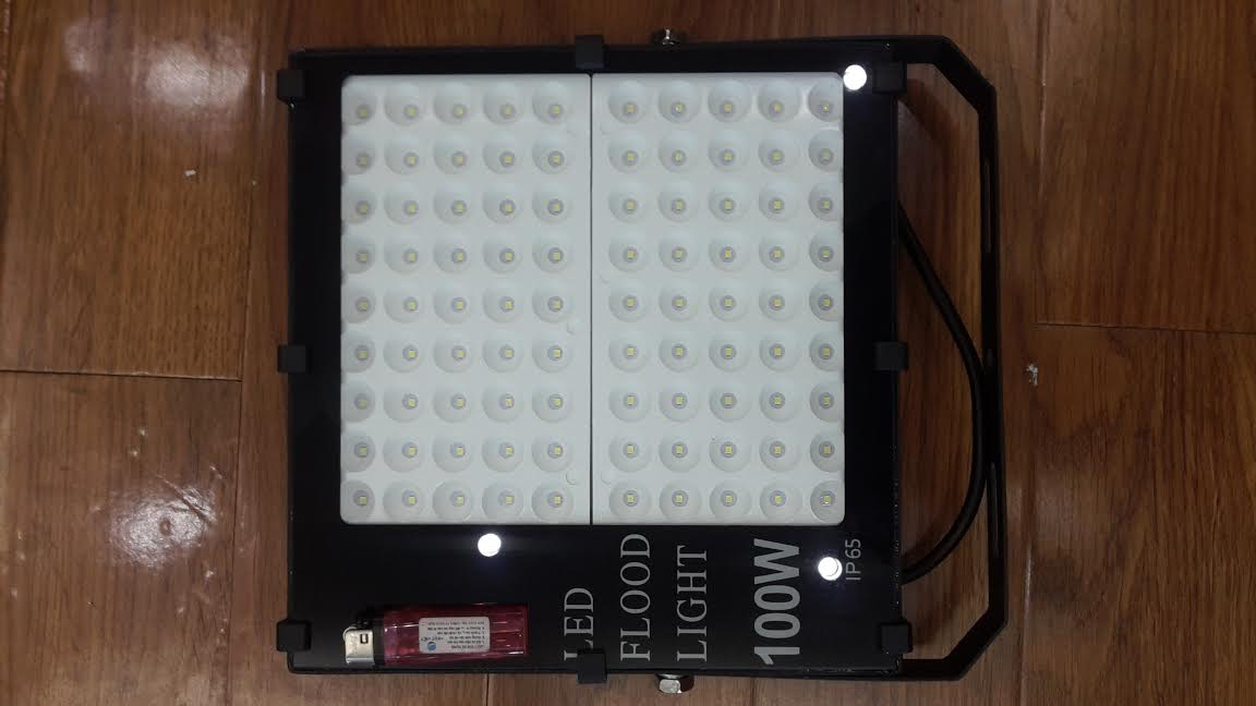 Đèn pha Flood light 100W